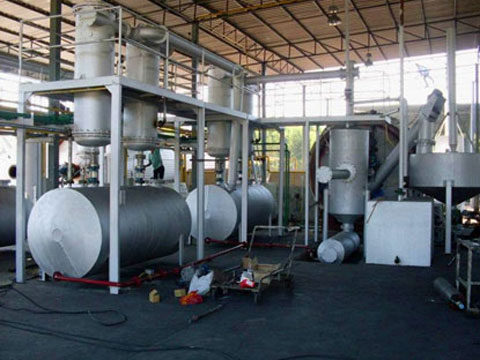 Quality pyrolysis oil plant for disposalling waste plastic