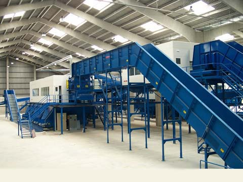 manual sorting of municipal solid waste