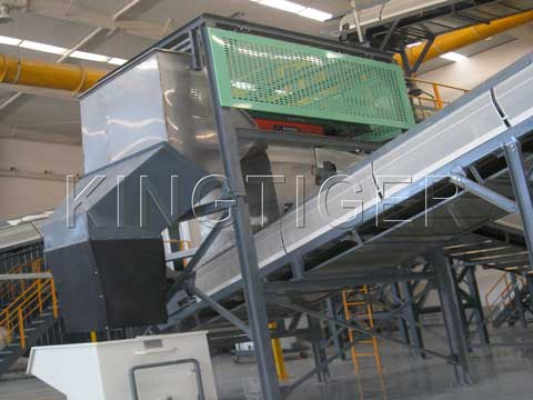 Waste separation machine