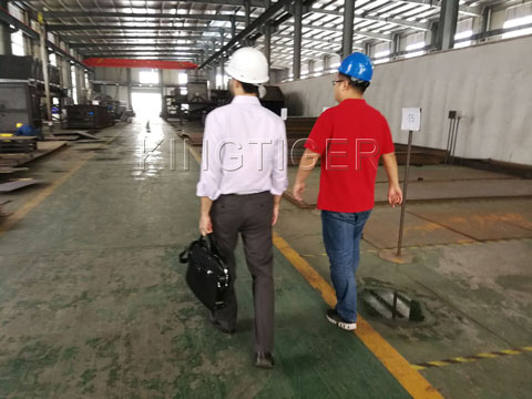 American Customers Came to Visit KingTiger Garbage Sorting Plant