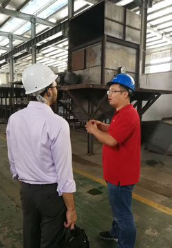 USA Customers in Factory