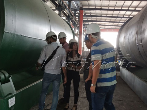 Lebanese customers visited pyrolysis equipment